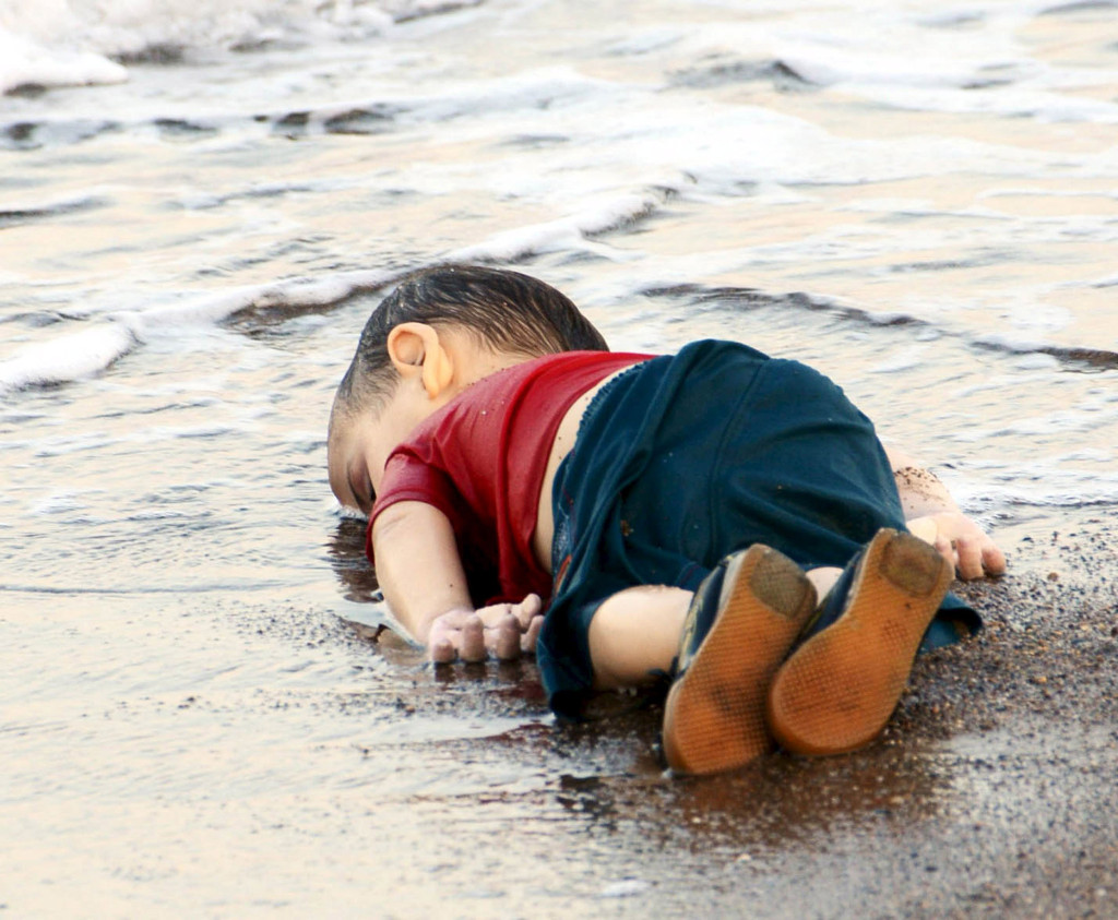 syria chłopiec turcja plaża utopiony uchodźca